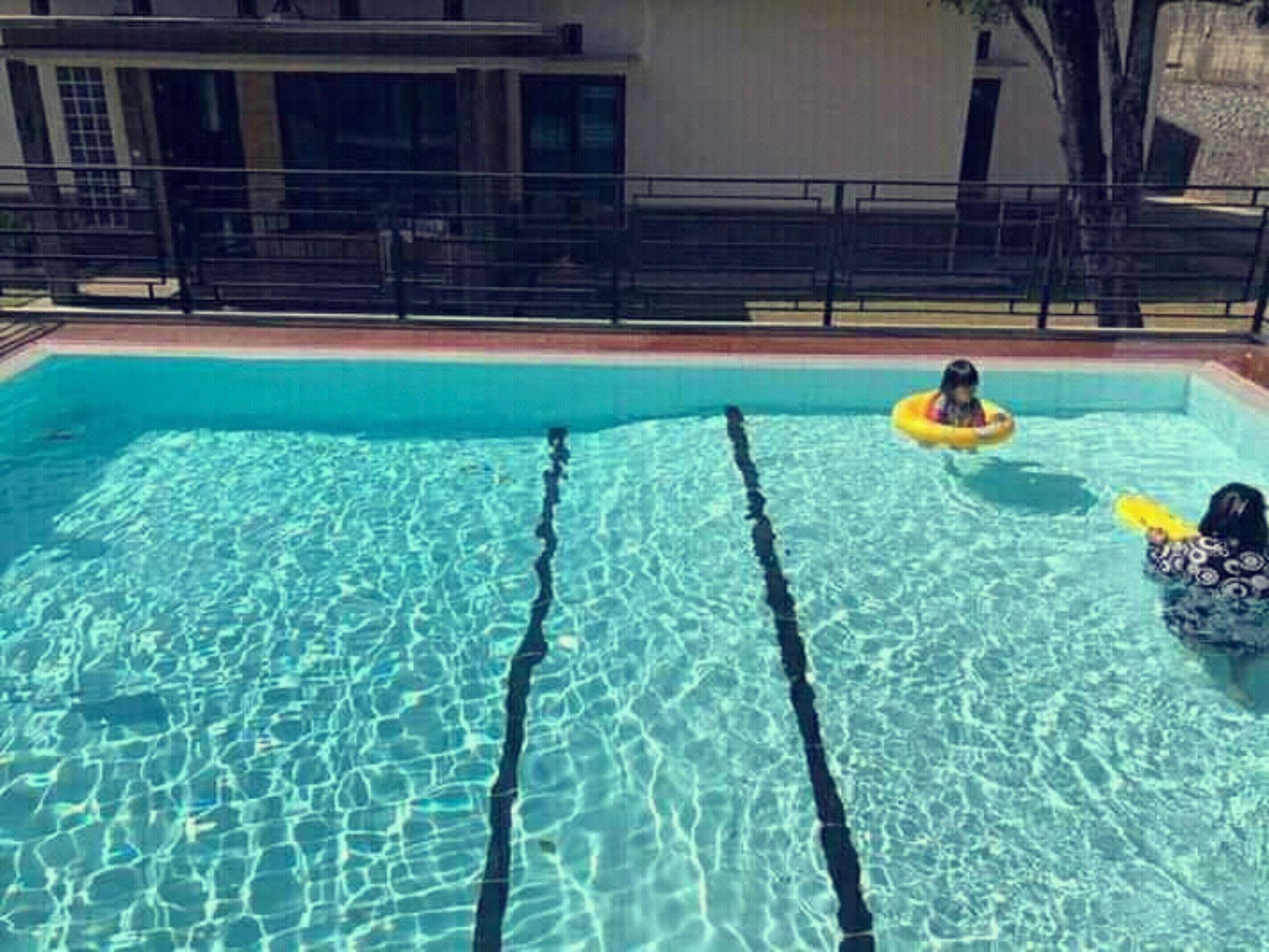 villa-family-trawas-kolam-renang9.jpg
